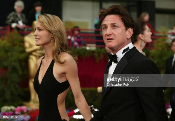 Robin WrightPenn and Sean Penn during The 76th Annual Academy Awards Arrivals by Chris Polk at Kodak Theatre in Hollywood California United States