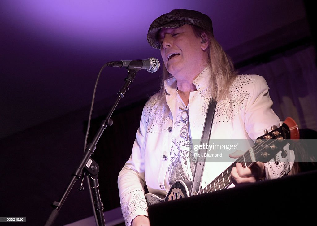 Robin Zander of Cheap Trick performs during The Living Room Sessions Hosted by Troy Vollhoffer To Benefit The TJ Martell Foundation on February 18...