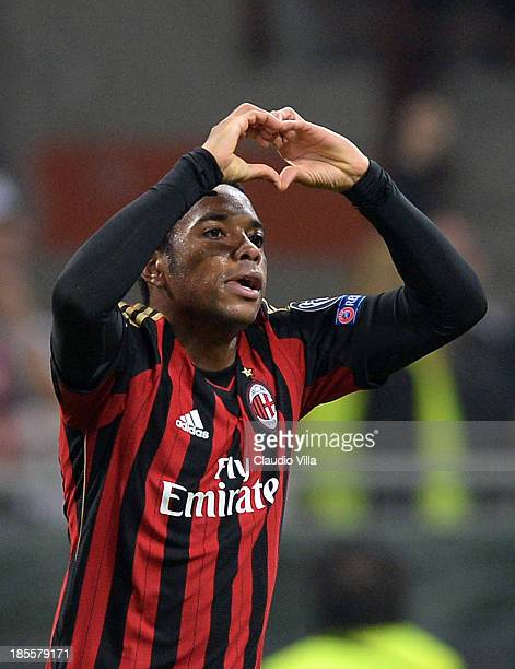 Robinho of AC Milan celebrates scoring the first goal during the UEFA Champions League Group H match between AC Milan and Barcelona at Stadio...
