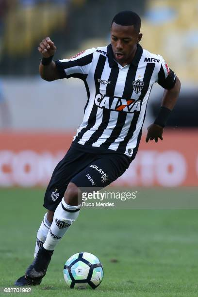 Robinho of Atletico MG controls the ball during a match between Flamengo and Atletico MG part of Brasileirao Series A 2017 at Maracana Stadium on May...