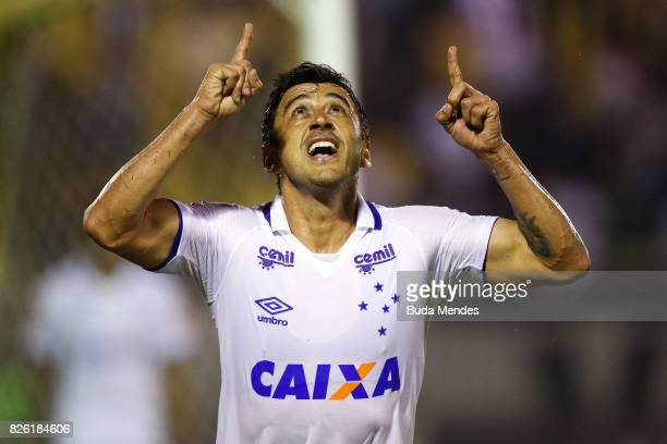 Robinho of Cruzeiro celebrates a scored goal during a match between Vasco da Gama and Cruzeiro as part of Brasileirao Series A 2017 at Raulino de...