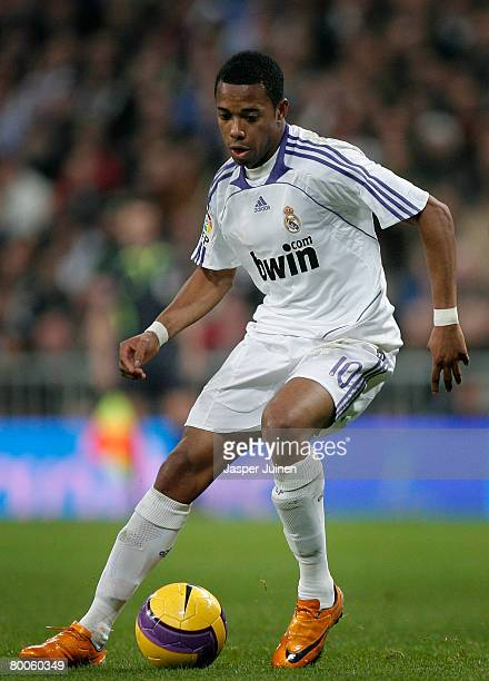 Robinho of Real Madrid controls the ball during the La Liga match between Real Madrid and Villarreal at the Santiago Bernabeu Stadium on January 27...