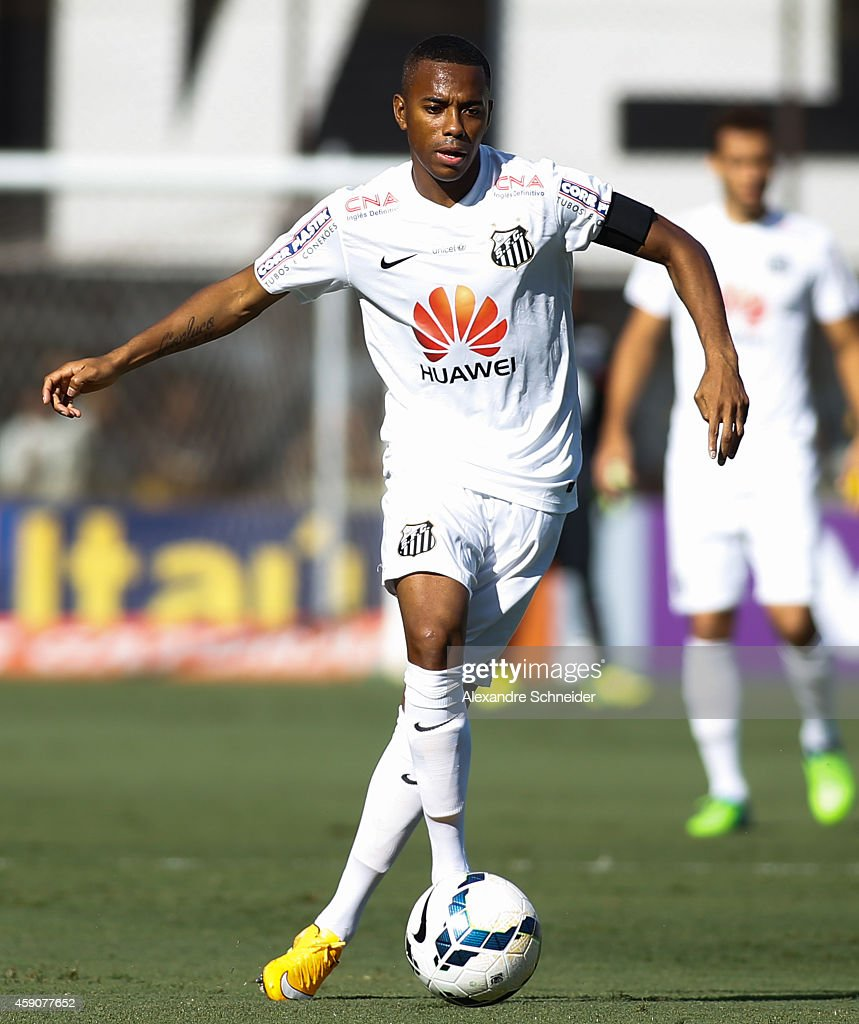 Robinho of Santos in action during the match between Santos and Cruzeiro for the Brazilian Series A 2014 at Vila Belmiro stadium on November 16 2014...