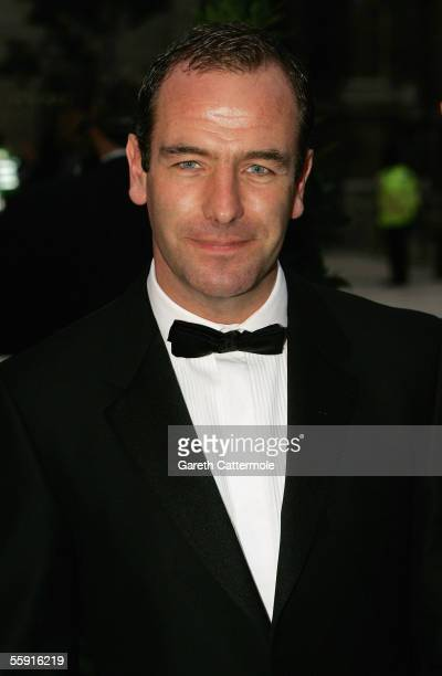Robson Green arrives at ITV's 50th Anniversary Royal Reception at the Guildhall on October 13 2005 in London England Queen Elizabeth II and Prince...