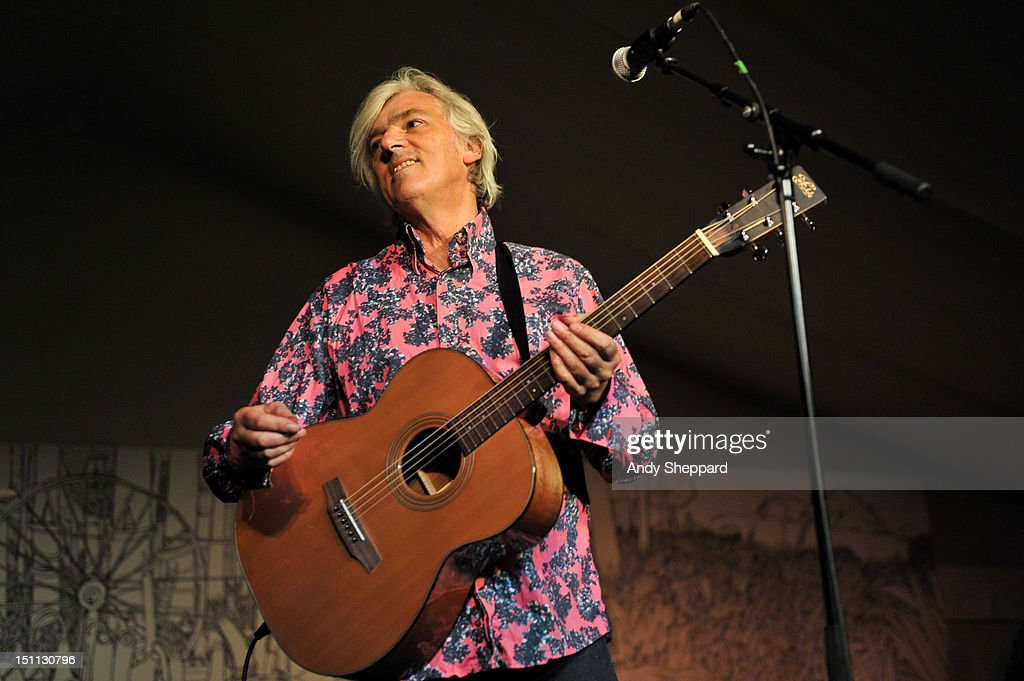 <a gi-track='captionPersonalityLinkClicked' href=/galleries/search?phrase=Robyn+Hitchcock&family=editorial&specificpeople=4303464 ng-click='$event.stopPropagation()'>Robyn Hitchcock</a> performs on stage during End Of The Road Festival 2012 at Larmer Tree Gardens on September 1, 2012 in Salisbury, United Kingdom.