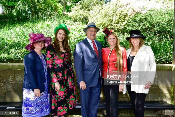 Robyn Roth Moise Leah Lane Stewart F Lane Bonnie Comley and AnnieWatt attend the 35th Annual Frederick Law Olmsted Awards at Central Park on May 3...