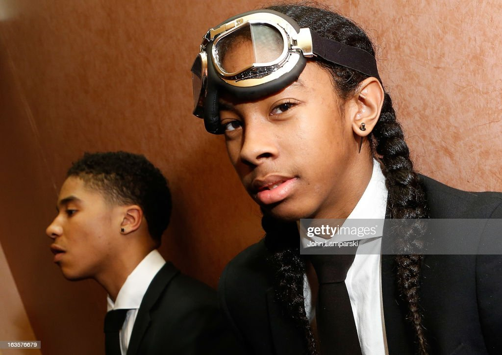 mindless behavior dating 2017 This quiz will show how much your like 1 of the members of mindless behavior you will see who your most like and hopefully enjoy your results.