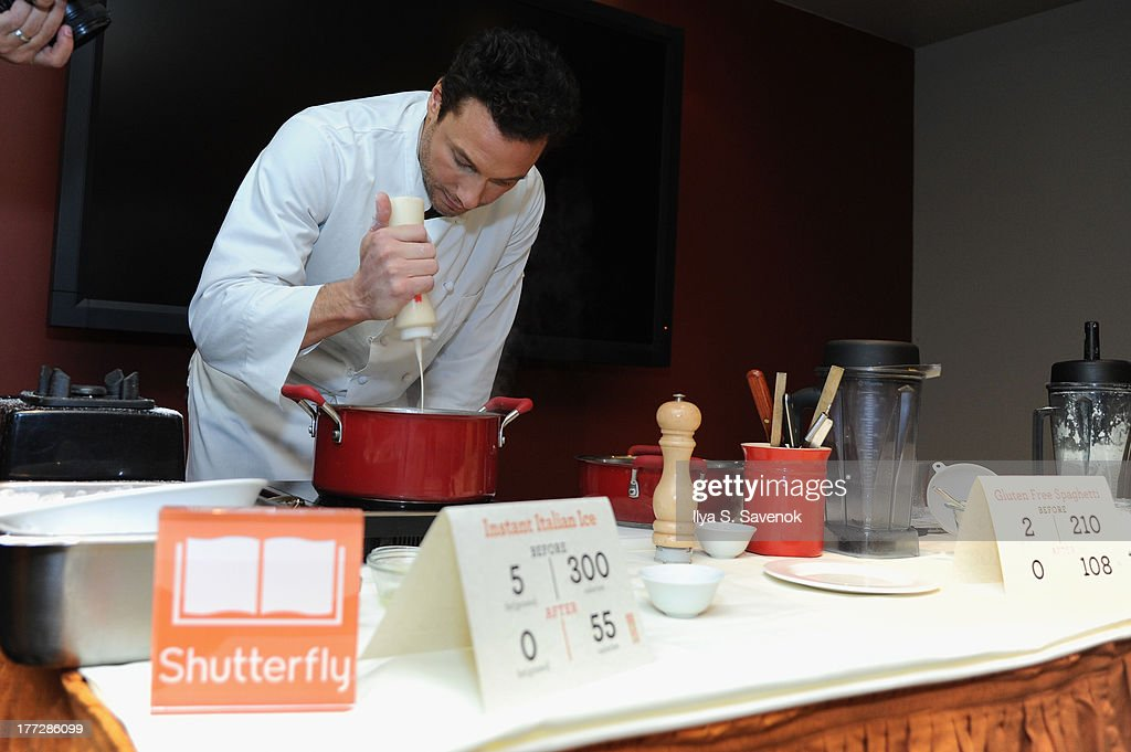 <a gi-track='captionPersonalityLinkClicked' href=/galleries/search?phrase=Rocco+DiSpirito&family=editorial&specificpeople=211557 ng-click='$event.stopPropagation()'>Rocco DiSpirito</a> attends Shutterfly Photo Story for iPad dinner hosted by <a gi-track='captionPersonalityLinkClicked' href=/galleries/search?phrase=Rocco+DiSpirito&family=editorial&specificpeople=211557 ng-click='$event.stopPropagation()'>Rocco DiSpirito</a> at SD26 on August 22, 2013 in New York City.