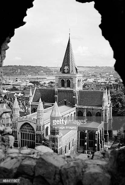 Rochester Cathedral Rochester Kent c1945c1965 As seen from the castle looking northeast The Norman cathedral was altered later in the Middle Ages and...