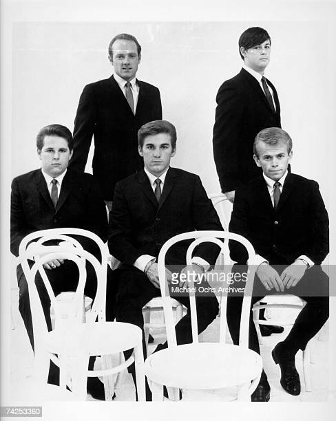 Rock and roll band 'The Beach Boys' pose for a portrait in 1963 Clockwise from bottom left Carl Wilson Mike Love Brian Wilson Al Jardine Dennis Wilson