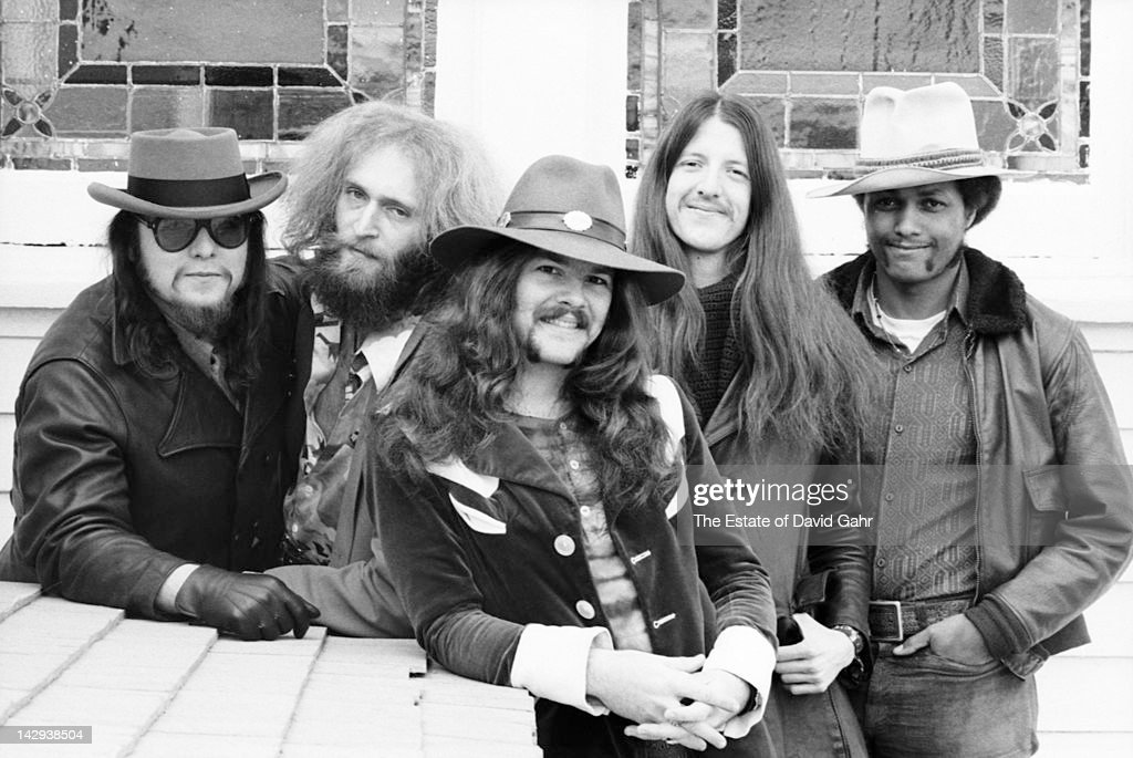 Rock group The Doobie Brothers (L-R John Hartman, Michael Hossack, <a gi-track='captionPersonalityLinkClicked' href=/galleries/search?phrase=Tom+Johnston&family=editorial&specificpeople=6487183 ng-click='$event.stopPropagation()'>Tom Johnston</a>, <a gi-track='captionPersonalityLinkClicked' href=/galleries/search?phrase=Patrick+Simmons&family=editorial&specificpeople=3533796 ng-click='$event.stopPropagation()'>Patrick Simmons</a>, Tiran Porter) pose for a portrait on April 12, 1973 in New York City, New York.