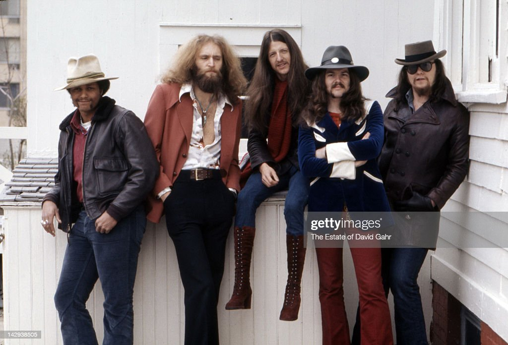Rock group The Doobie Brothers (L-R Tiran Porter, Michael Hossack, <a gi-track='captionPersonalityLinkClicked' href=/galleries/search?phrase=Patrick+Simmons&family=editorial&specificpeople=3533796 ng-click='$event.stopPropagation()'>Patrick Simmons</a>, <a gi-track='captionPersonalityLinkClicked' href=/galleries/search?phrase=Tom+Johnston&family=editorial&specificpeople=6487183 ng-click='$event.stopPropagation()'>Tom Johnston</a>, John Hartman) pose for a portrait on April 12, 1973 in New York City, New York.