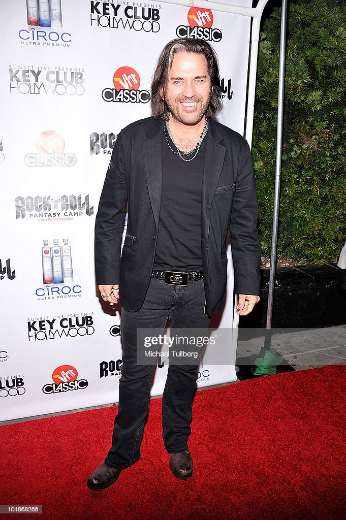 Rock guitarist Kip Winger arrives at the premiere party for VH1 Classic's 'Rock 'N' Roll Fantasy Camp' TV show on October 5, 2010 in Los Angeles, California.