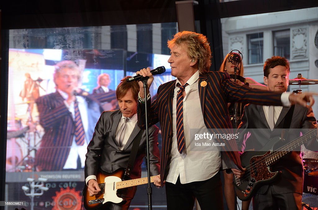 AMERICA - Rock star Rod Stewart performs live on GOOD MORNING AMERICA, 5/9/13, airing on the ABC Television Network. (Photo by Ida Mae Astute/ABC via Getty Images) ROD STEWART
