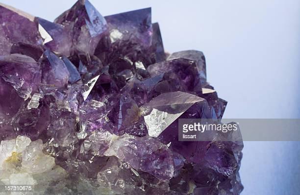 Steine und Mineralien-Quarz und Amethyst
