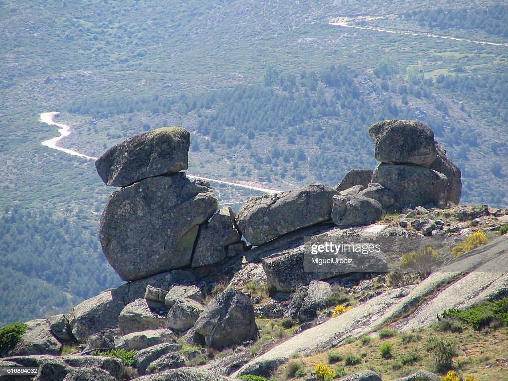 Rocks in equilibrium too : Stock Photo
