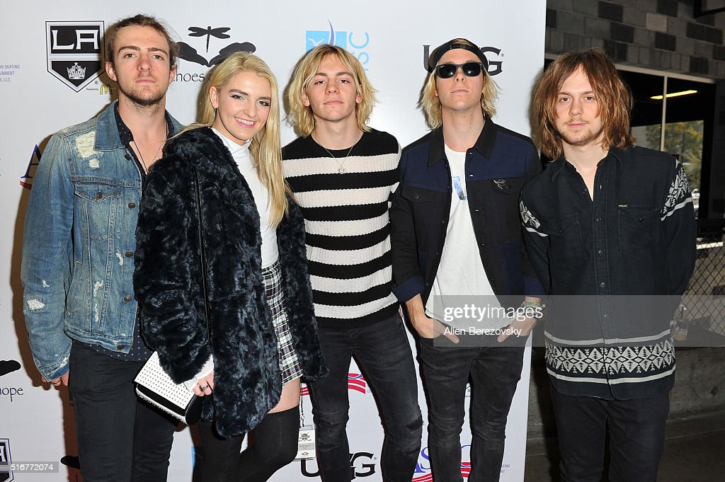 Rocky Lynch Rydel Lynch Ross Lynch Riker Lynch and Ellington Ratliff of musical group R5 attend the Luc Robitaille Celebrity Shootout at Toyota...