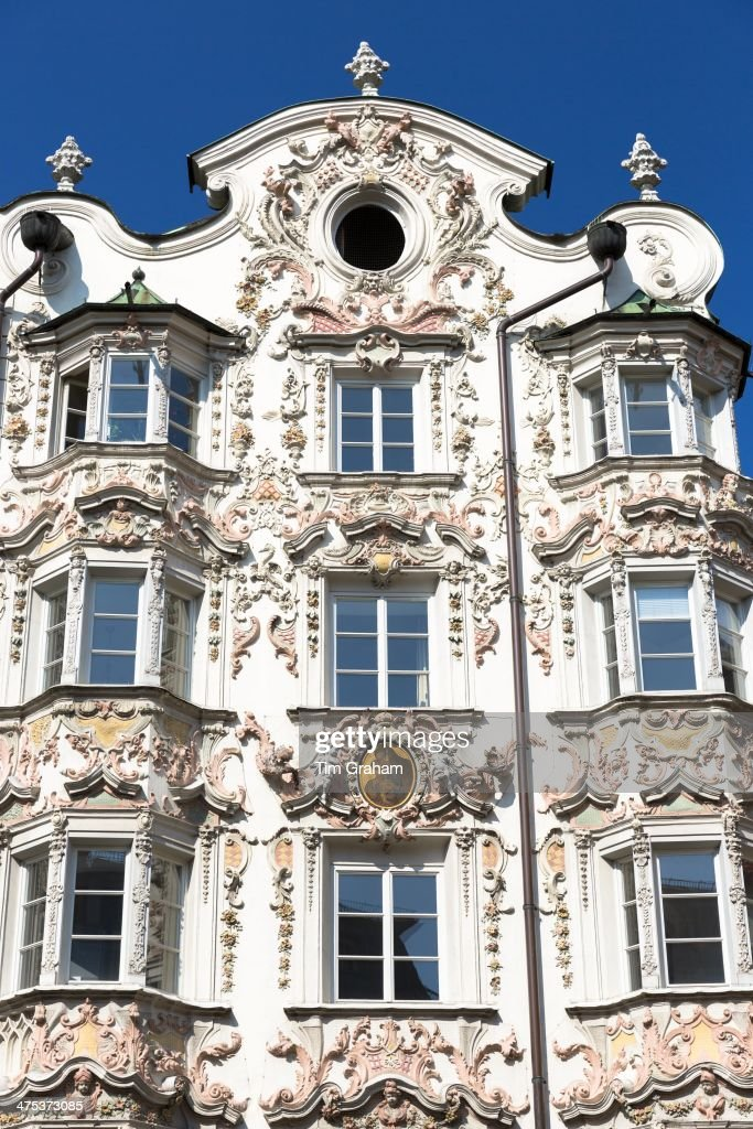 Rococo baroque style tyrolean architecture of holblinghaus for Baroque rococo architecture