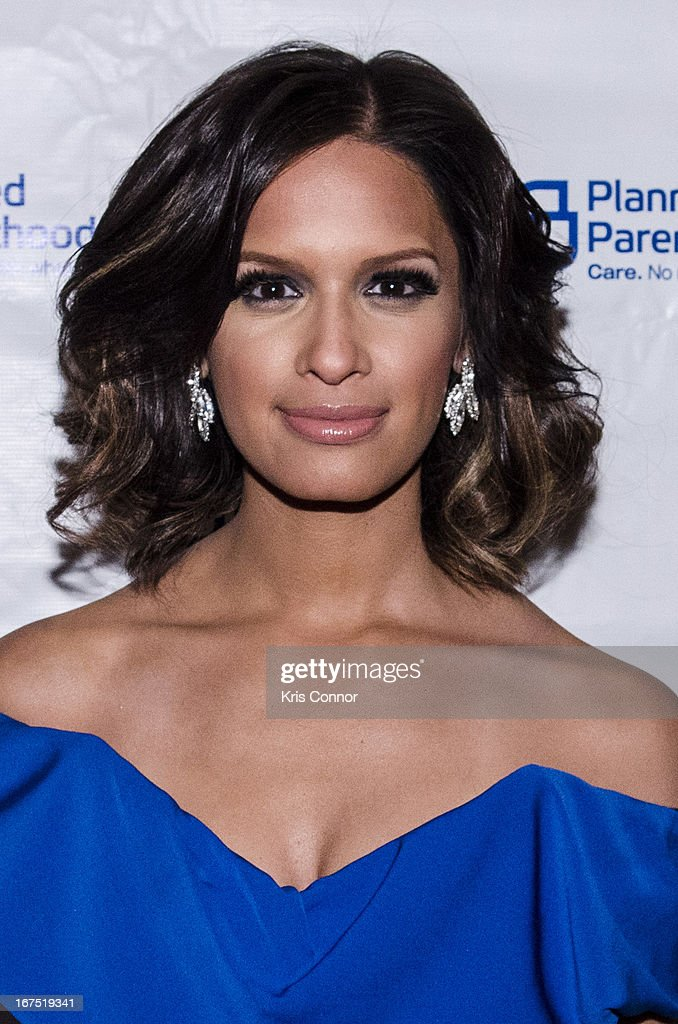 Rocsi Diaz poses for aphoto during the <<attends Planned Parenthood Federation of America's VIP Reception > at the Marriott Wardman Park Hotel on April 25, 2013 in Washington, DC.