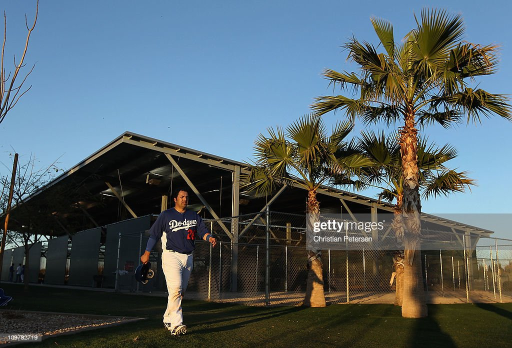 <a gi-track='captionPersonalityLinkClicked' href=/galleries/search?phrase=Rod+Barajas&family=editorial&specificpeople=211198 ng-click='$event.stopPropagation()'>Rod Barajas</a> #28 of the Los Angeles Dodgers leaves the batting cages before the spring training game against the San Francisco Giants at Camelback Ranch on March 4, 2011 in Glendale, Arizona.
