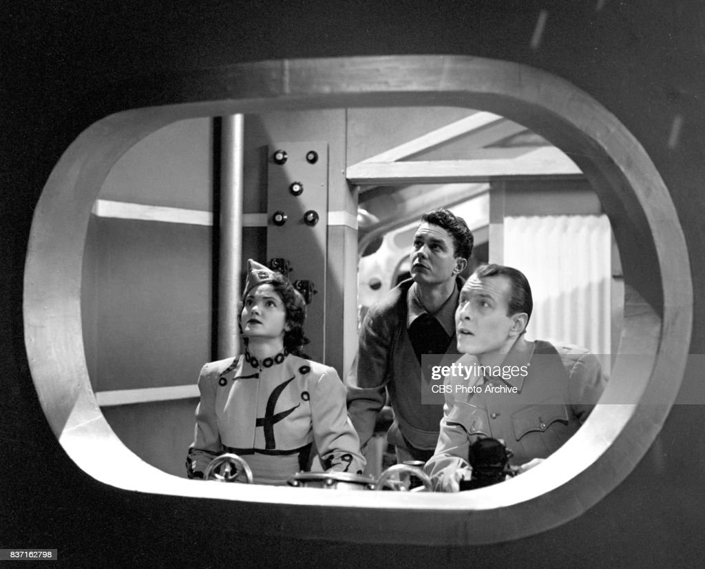 'Rod Brown of the Rocket Rangers' the CBS television science fiction series, broadcast live. Pictured from left: actress Shirley Standlee, Cliff Robertson (as Ranger Rod Brown), unidentified actor. Premiere episode titled: Operation Decoy. New York, NY.
