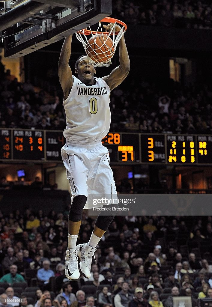 Rod Odom #0 of the Vanderbilt Commodores dunks against the Auburn Tigers at Memorial Gym on January 23, 2013 in Nashville, Tennessee.