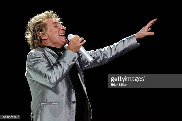 Rod Stewart performs at Prudential Center on December 7 2013 in Newark New Jersey
