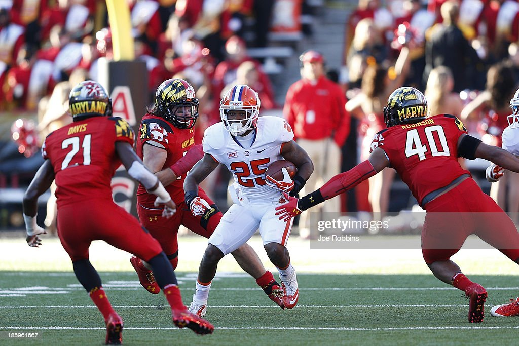 Roderick McDowell #25 of the Clemson Tigers runs with the ball against the Maryland Terrapins during the game at Byrd Stadium on October 26, 2013 in College Park, Maryland. Clemson won 40-27.