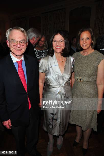 H Rodgin Cohen Barbara Cohen and Jeanette Loeb attend NYU Tisch School of the Arts Fall Fete celebrating the 2009 Tisch Gala at Private Residence NYC...