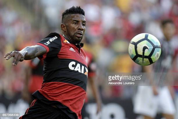 Rodinei of Flamengo in action during the match between Fluminense and Flamengo as part of Brasileirao Series A 2017 at Maracana Stadium on June 18...