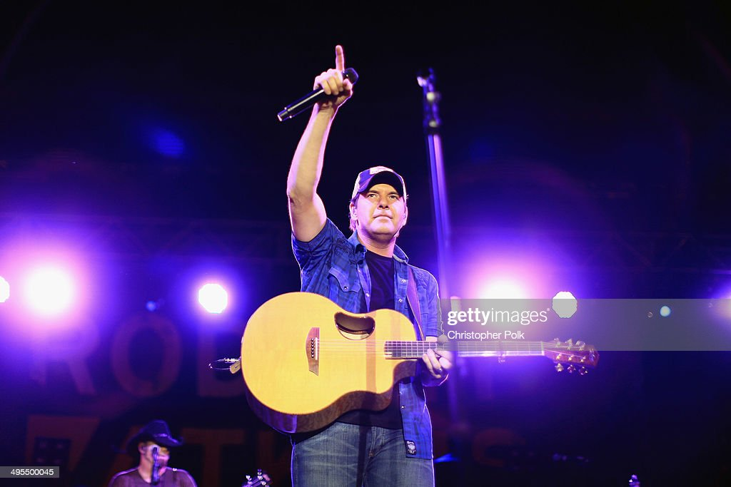 Rodney Atkins performs during Rodney Atkins 4th Annual Music City Gives Back on June 3, 2014 in Nashville, Tennessee.