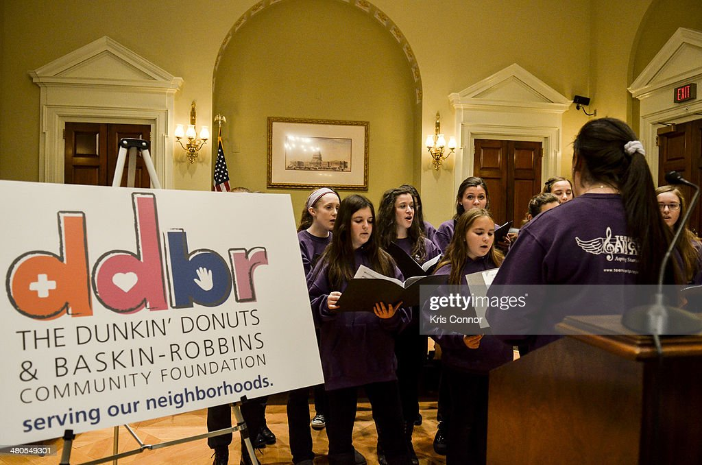 Rodney Davis speaks during a press conference during which Dunkin' Donuts and BaskinRobbins Community Foundation give Feeding America a $1000 check...