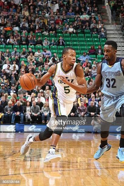 Rodney Hood of the Utah Jazz drives to the basket against Jeff Green of the Memphis Grizzlies on January 2 2016 at vivintSmartHome Arena in Salt Lake...