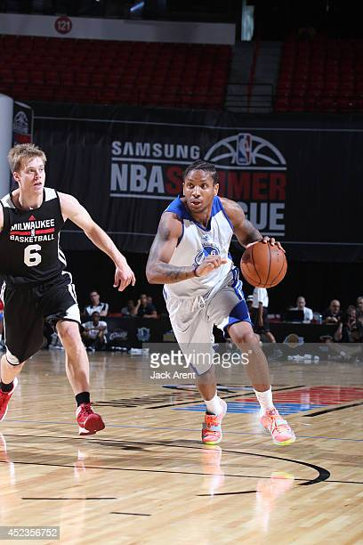 Rodney McGruder of the Golden State Warriors drives against the Milwaukee Bucks at the Samsung NBA Summer League 2014 on July 18 2014 at the Thomas...