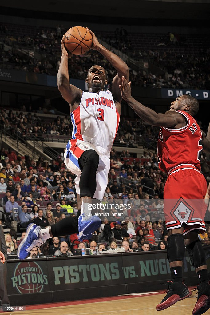 Rodney Stuckey #3 of the Detroit Pistons drives to the basket against Nate Robinson #2 of the Chicago Bulls on December 7, 2012 at The Palace of Auburn Hills in Auburn Hills, Michigan.