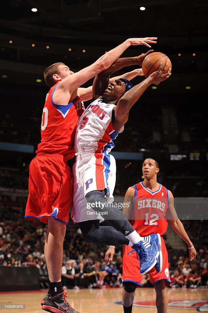 Rodney Stuckey of the Detroit Pistons goes for a shot against the Philadelphia 76ers on April 26 2012 at The Palace of Auburn Hills in Auburn Hills...