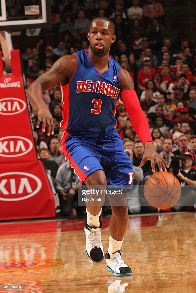 <a gi-track='captionPersonalityLinkClicked' href=/galleries/search?phrase=Rodney+Stuckey&family=editorial&specificpeople=4375687 ng-click='$event.stopPropagation()'>Rodney Stuckey</a> #3 of the Detroit Pistons handles the ball against the Chicago Bulls on April 11, 2014 at the United Center in Chicago, Illinois.