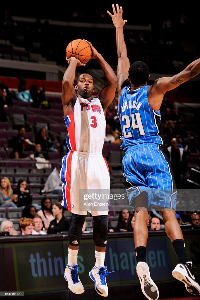 <a gi-track='captionPersonalityLinkClicked' href=/galleries/search?phrase=Rodney+Stuckey&family=editorial&specificpeople=4375687 ng-click='$event.stopPropagation()'>Rodney Stuckey</a> #3 of the Detroit Pistons shoots against Chris Johnson #24 of the Orlando Magic during a pre-season game on October 16, 2012 at The Palace of Auburn Hills in Auburn Hills, Michigan.