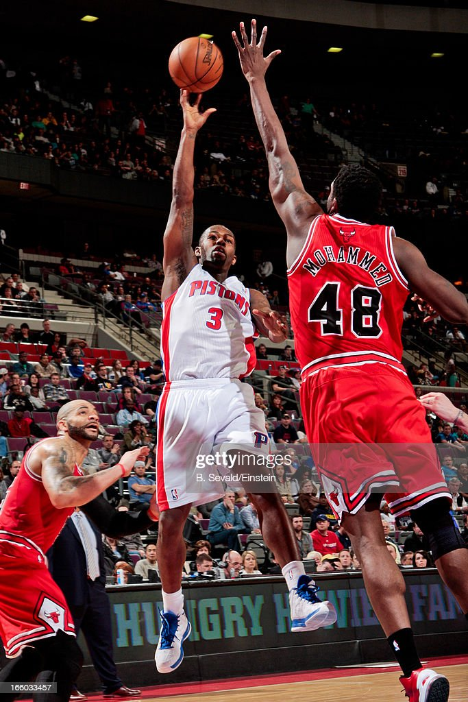 <a gi-track='captionPersonalityLinkClicked' href=/galleries/search?phrase=Rodney+Stuckey&family=editorial&specificpeople=4375687 ng-click='$event.stopPropagation()'>Rodney Stuckey</a> #3 of the Detroit Pistons shoots against <a gi-track='captionPersonalityLinkClicked' href=/galleries/search?phrase=Nazr+Mohammed&family=editorial&specificpeople=201690 ng-click='$event.stopPropagation()'>Nazr Mohammed</a> #48 of the Chicago Bulls on April 7, 2013 at The Palace of Auburn Hills in Auburn Hills, Michigan.