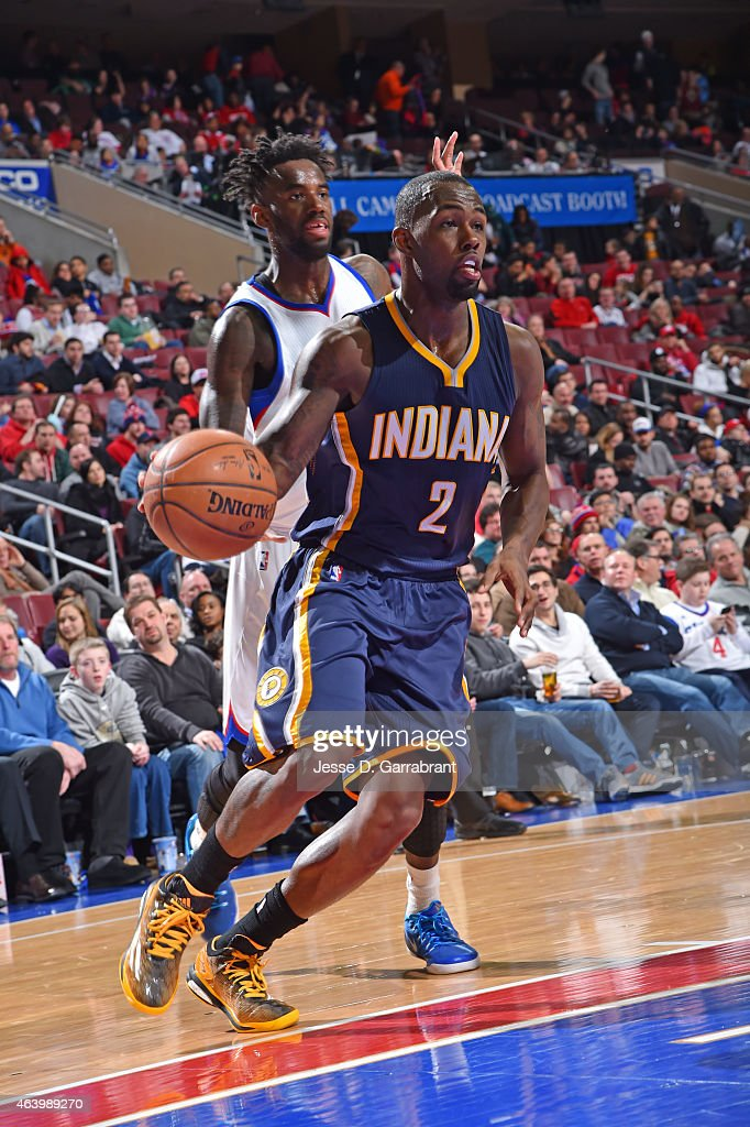 Rodney Stuckey of the Indiana Pacers drives to the basket against the Philadelphia 76ers at Wells Fargo Center on February 20 2015 in Philadelphia...