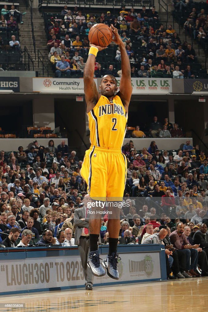 Rodney Stuckey of the Indiana Pacers shoots against the Charlotte Hornets during the game on April 3 2015 at Bankers Life Fieldhouse in Indianapolis...