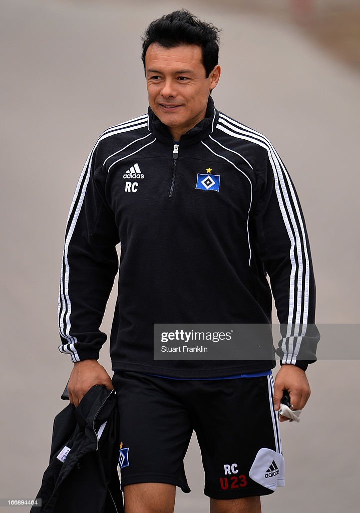 Rodolfo Cardoso, under 23 coach of Hamburg looks on during a training session of Hamburger SV on April 18, 2013 in Hamburg, Germany.