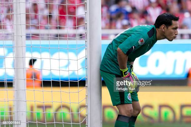 Rodolfo Cota goalkeeper of Chivas looks on during the semi finals second leg match between Chivas and Toluca as part of the Torneo Clausura 2017 Liga...