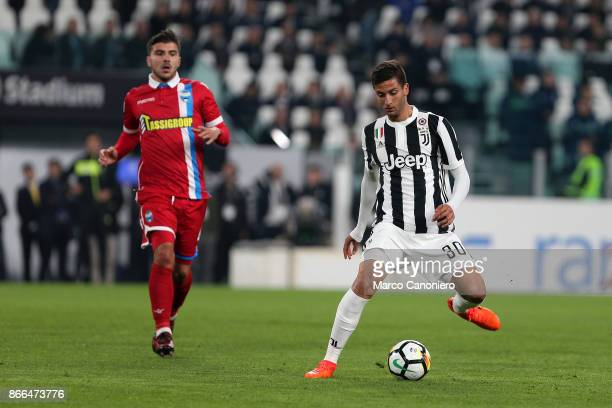 Rodrigo Bentancur of Juventus FC in action during the Serie A football match between Juventus FC and Spal Juventus Fc wins 41 over Spal