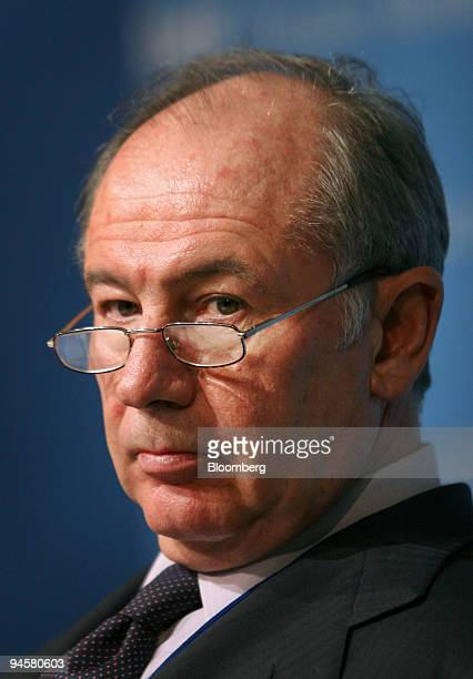 Rodrigo de Rato managing director of the International Monetary Fund pauses during a news conference at the Fall Meetings of the IMF and the World...
