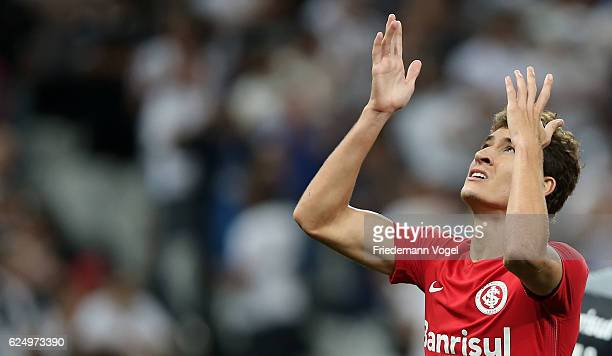Rodrigo Dourado of Internacional reacts during the match between Corinthians and Internacional for the Brazilian Series A 2016 at Arena Corinthians...