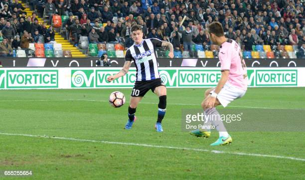 Rodrigo Javier De Paul of Udinese Calcio scores his teams third goal during the Serie A match between Udinese Calcio and US Citta di Palermo at...
