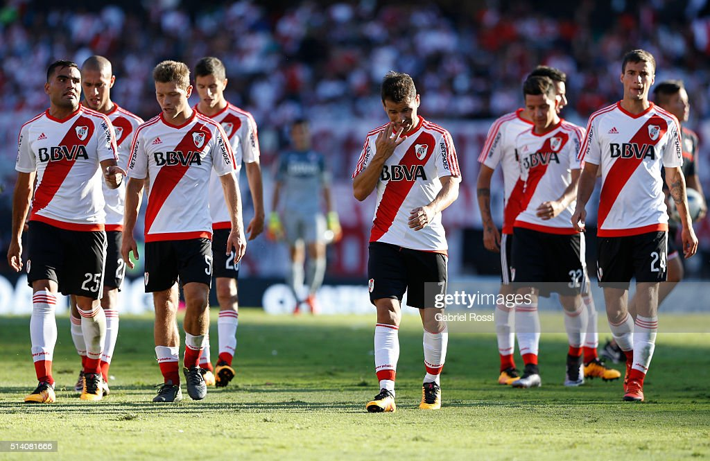 Rodrigo Mora of River Plate and his teammates leave the field during a match between River Plate and Boca Juniors as part of sixth round of Torneo Transicion 2016 at Monumental Antonio Vespucio Liberti Stadium on March 06, 2016 in Buenos Aires, Argentina.