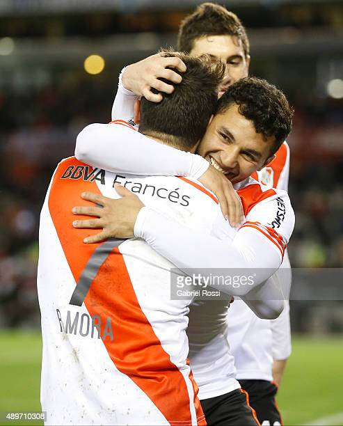 Rodrigo Mora of River Plate celebrates with his teammates after scoring the second goal of his team during a first leg match between River Plate and...