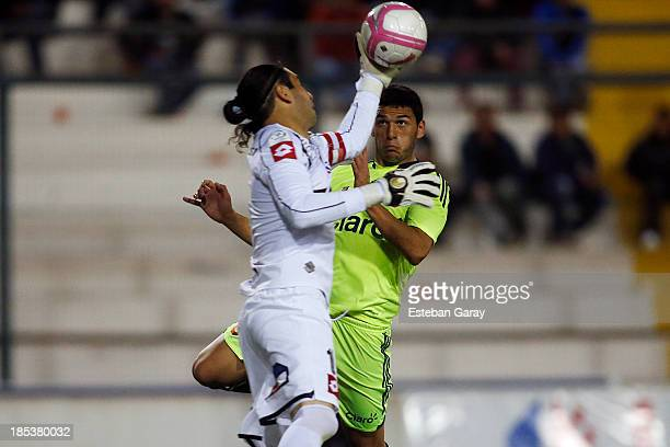 Rodrigo Naranjo goalkeeper of Deportes Iquique in action during a match between Deportes Iquique and Universidad de Chile as part of the Torneo...